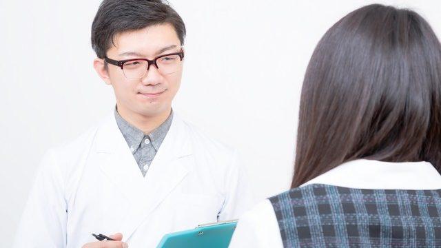 妊娠中に離婚することが決まった場合、病院には伝えるべき?